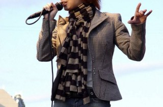 Певица Юля Савичева