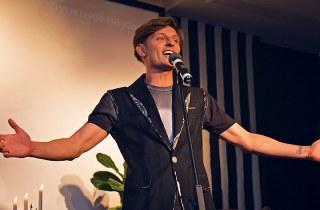 Резидент Comedy club  Павел Воля