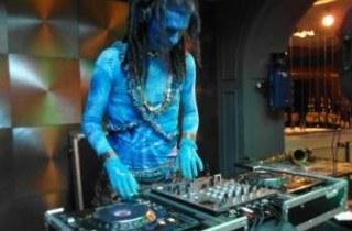 DJ инопланетянин