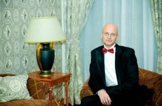 Ведущий праздников Дмитрий Кузеняткин